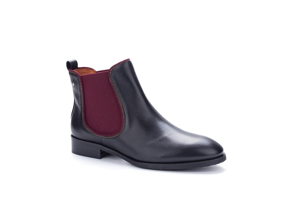 Vychádzková  obuv  Pikolinos ROYAL W4D-8637ST BLACK